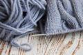La figura tipica del lavoratore a maglia in Italia